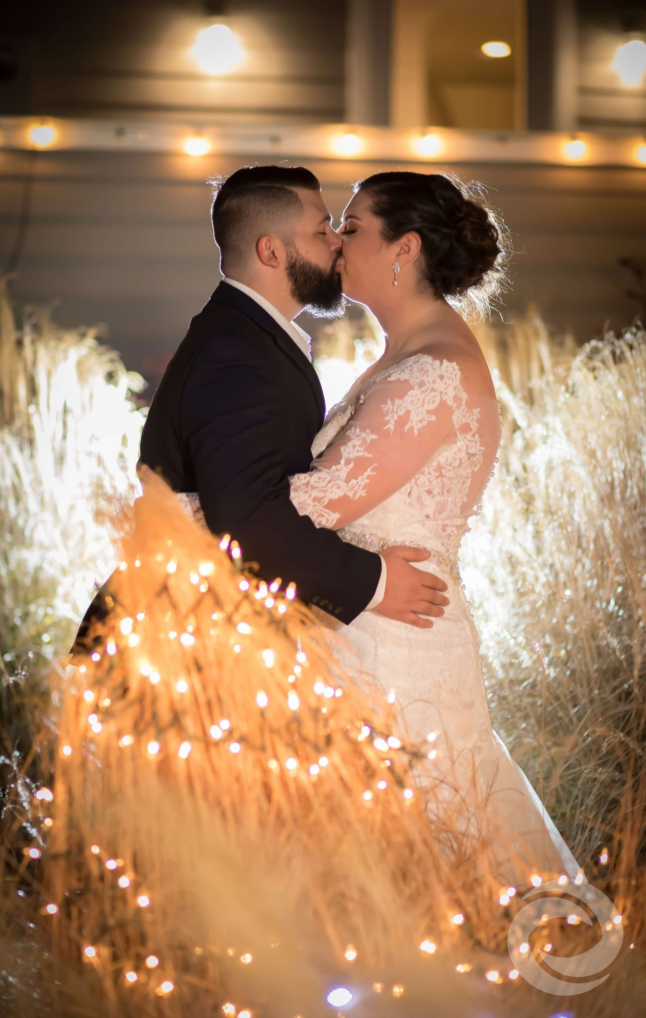 winter weddings in new jersey - martells waters edge